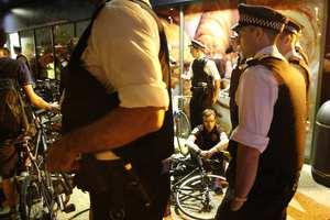Η αστυνομία απομάκρυνε 100 ποδηλάτες στο Λονδίνο