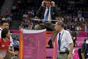 Αποκλείστηκαν οκτώ αθλήτριες του διπλού μπάντμιντον