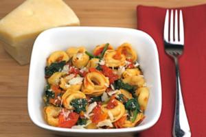 Τορτελίνια με τυρί και λαχανικά