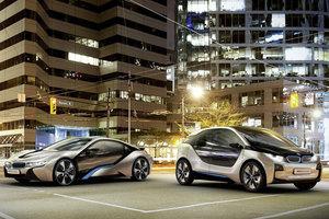 Online οι πωλήσεις των BMW i3 και i8