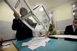 Φήμες για ιταλικές εκλογές την προσεχή Άνοιξη