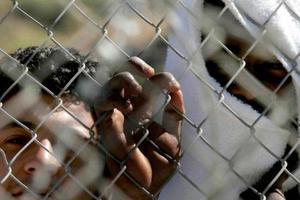 Παραμένουν τρία κέντρα κράτησης κλειστού τύπου