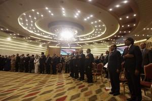 Στο εκλεγμένο Εθνικό Συνέδριο η εξουσία στη Λιβύη