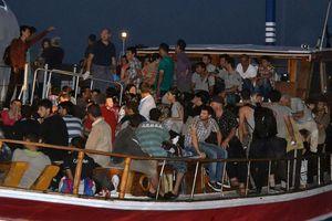 Σύροι πρόσφυγες έφτασαν στην Ιταλία