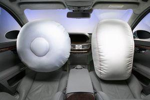 Οι αερόσακοι της Mercedes κλείνουν 25 χρόνια