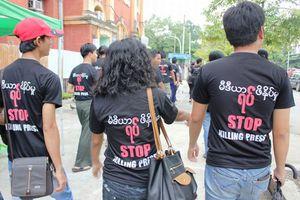 Αίρεται η λογοκρισία στη Μιανμάρ