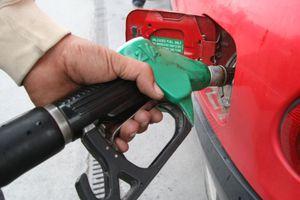Ακριβότερη μέχρι και 6 λεπτά το λίτρο η βενζίνη το Πάσχα