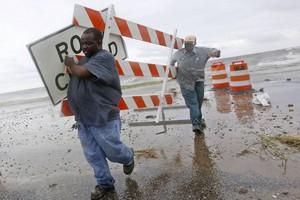 Φτάνει στη Λουιζιάνα ο τυφώνας «Ισαάκ»