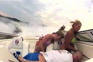 Τρόμος σε σκάφος εκτός ελέγχου