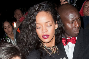 Ακόμα ένα ποτηράκι για τη Rihanna