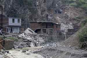 Τους 80 έφτασαν οι νεκροί από τους σεισμούς στην Κίνα