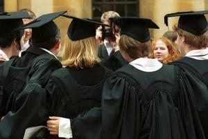 Ποιες χώρες προτιμούν οι Έλληνες για σπουδές στο εξωτερικό
