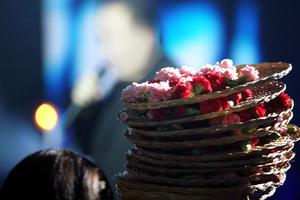 Αρχιφύλακας πωλούσε λουλούδια σε πανηγύρια και κέντρα διασκέδασης
