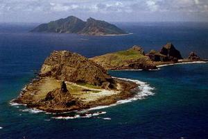 Επίδειξη ισχύος στα διαφιλονικούμενα νησιά