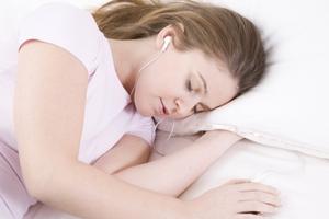 Πιο πιθανό να γίνουν παχύσαρκοι όσοι κοιμούνται κάτω από 6 ώρες