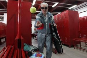 Ο γηραιότερος τενίστας του κόσμου