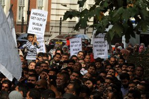 Μουσουλμάνοι διαδήλωσαν στη Γερμανία κατά της αντιισλαμικής ταινίας
