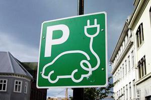 «Βρώμικο» ρεύμα κάνει τα ηλεκτρικά αυτοκίνητα ρυπογόνα