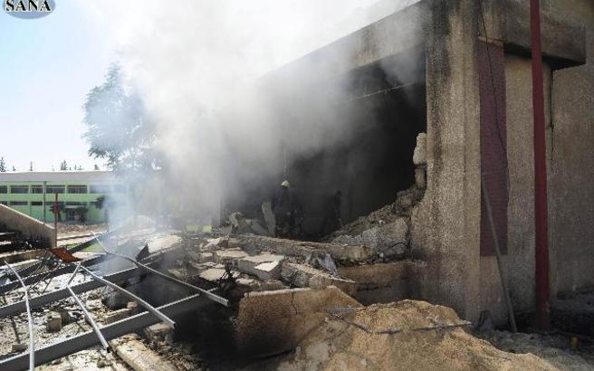 Ισχυρές εκρήξεις συγκλόνισαν κτίριο στη Δαμασκό