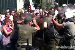 Χτυπούσαν τους ανάπηρους οι αστυνομικοί