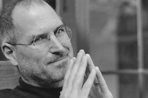 Ένας χρόνος χωρίς στον Steve Jobs