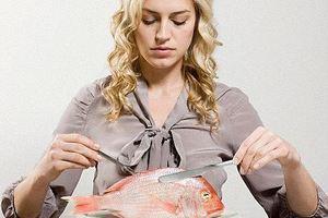 Ποιες βιταμίνες χάνετε αν δεν τρώτε ψάρι