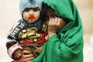 Μέτρα προστασίας για εκτοπισμένους Αφγανούς ζητούν ΜΚΟ