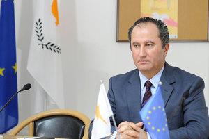 Μετέτρεψαν την ιστοσελίδα Κύπριου πολιτικού σε πορνογραφικό site