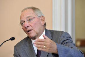 «Τα αναπτυξιακά προγράμματα οδηγούν σε αύξηση του δημόσιου χρέους»