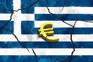«Η ελληνική κυβέρνηση ανακάλυψε ότι δεν μπορεί να φάει τον μουσακά της»