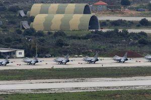 Άγνωστος εισέβαλε στην αεροπορική βάση στα Χανιά