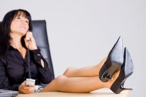 Πότε να ζητήσετε αύξηση από γυναίκα αφεντικό