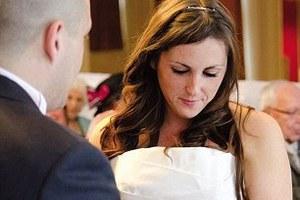 Λίγες ώρες πριν το γάμο της έμαθε ότι είχε καρκίνο