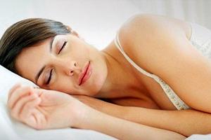 Η έλλειψη ύπνου απειλεί την καρδιά όσο και το κάπνισμα