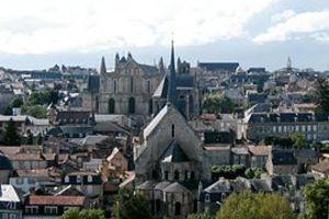 Γάλλοι ακροδεξιοί κατέλαβαν τέμενος