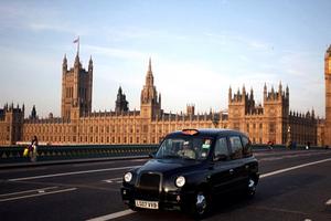 Μαύρες μέρες για τα μαύρα ταξί του Λονδίνου