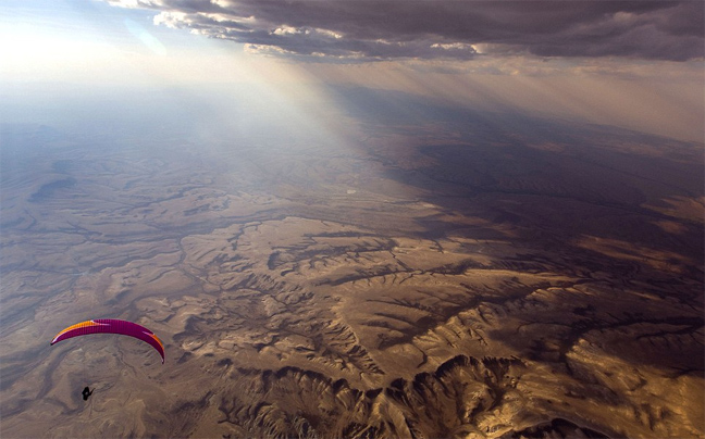 Επτάωρη πτήση-ρεκόρ πάνω από την Κόκκινη Έρημο