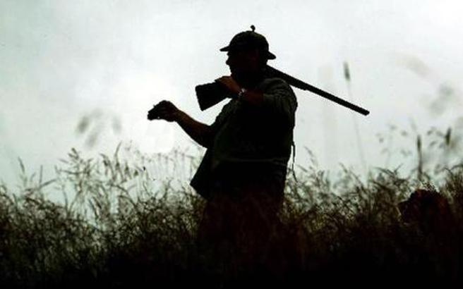 Σηκώθηκε ελικόπτερο για τον κυνηγό στην Κρήτη