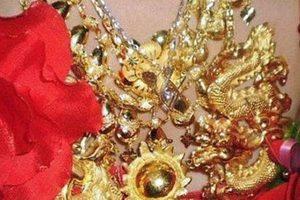 Νύφη από... χρυσάφι