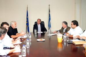 Συνάντηση της ΔΟΕ με τον υπουργό Παιδείας Κ. Αρβανιτόπουλο