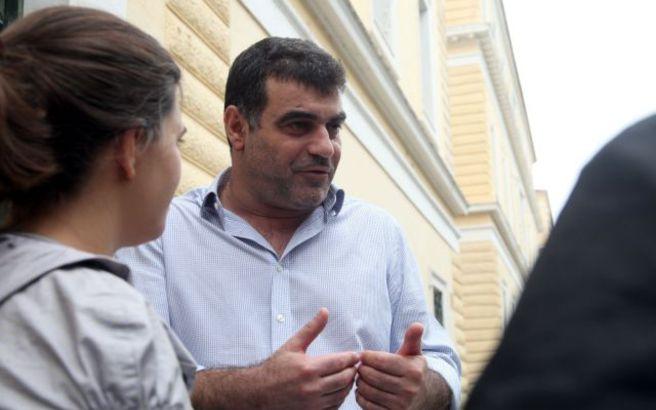 Ελεύθερος αφέθηκε ο Κώστας Βαξεβάνης