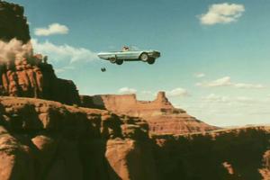 Aπόδραση από κινούμενο όχημα