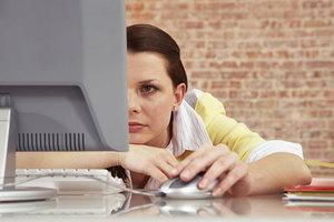 Ανά δύο ώρες διάλειμμα για όσους δουλεύουν μπροστά σε οθόνες