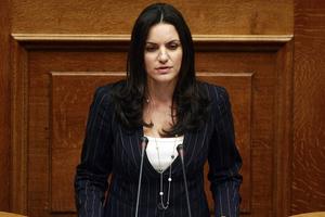 Παρέμβαση της υπουργού Τουρισμού για το ριάλιτι που δυσφημεί την Ελλάδα