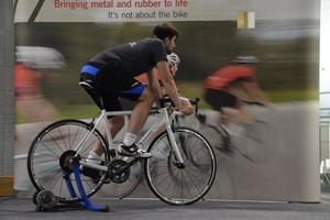 Αυτόματο σύστημα ηλεκτρονικής αλλαγής ταχυτήτων σε ποδήλατα