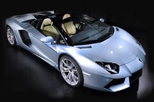 Η Εφορία θα κληρώνει Lamborghini στους συνεπείς φορολογούμενους