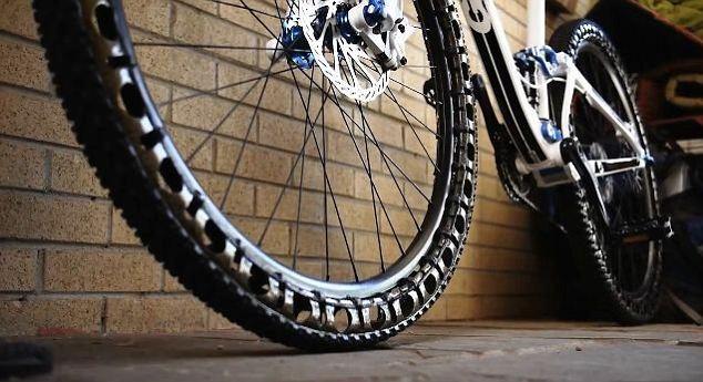 Ποδηλατο - Τα Λαστιχα του μελλοντος Pod2