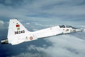 Τουρκικό αεροσκάφος πέταξε πάνω από τη Λέσβο