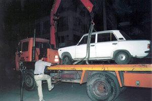 «Σκούπα» στα εγκαταλελειμμένα αυτοκίνητα