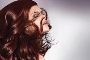 Tips για να αποφύγετε το ξεθώριασμα της βαφής στα μαλλιά σας